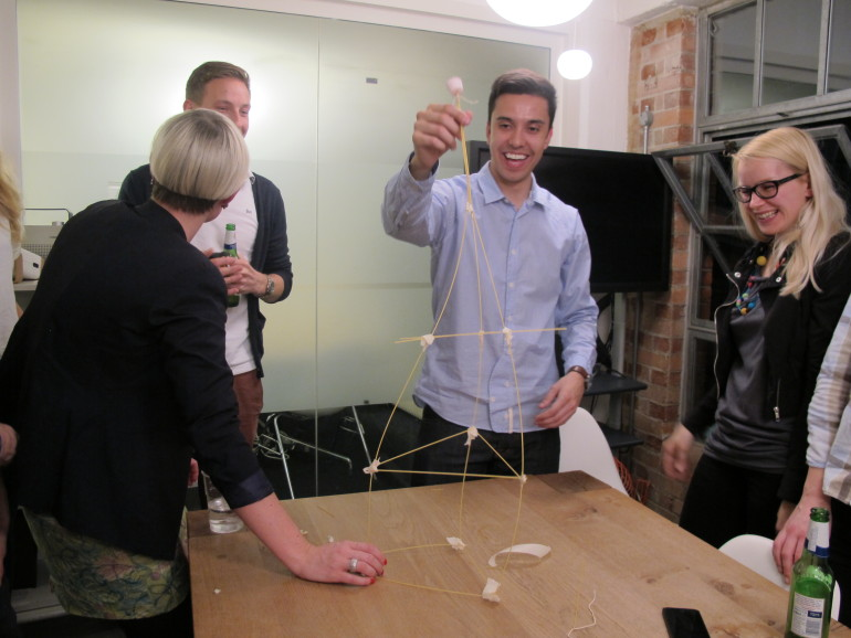 marshmallow-challenge-cc-by-sa-ideo